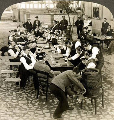 1890s Photograph - German Students Drinking Beer by Underwood Archives