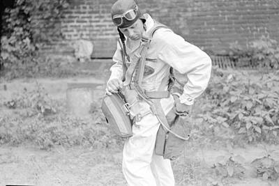 Getting Ready Print by Kevin Murphy