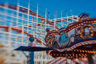 Roller Coaster Photograph - Giant Dipper Goes Round by Scott Campbell