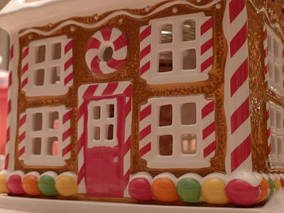Gingerbread House Print by Richard Reeve