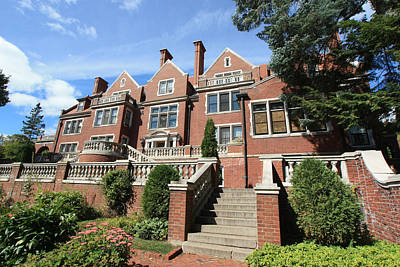 University Of Minnesota Photograph - Glensheen Mansion Exterior by Amanda Stadther