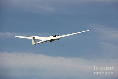 Glider In The Sky Print by Jackie Mestrom
