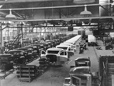 Factory Photograph - Gmc Truck Factory by Underwood Archives