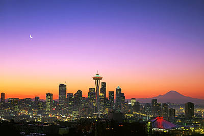 Seattle Photograph - Good Morning America. by King Wu
