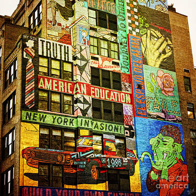 Graffitti On New York City Building Print by Nishanth Gopinathan