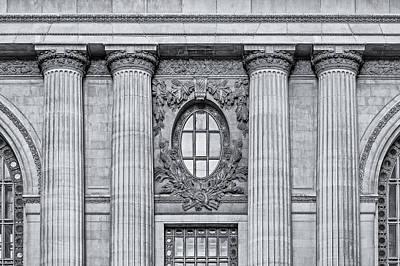 Usa Photograph - Grand Central Terminal Facade Bw by Susan Candelario