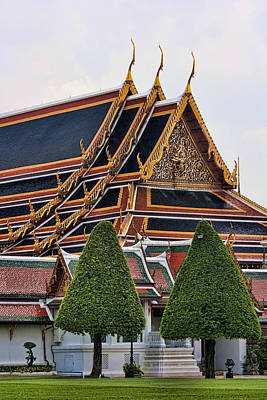 Grand Palace Temple In Bangkok 2 Print by David Smith