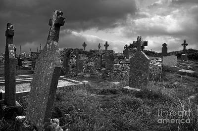 Graveyard At The Seven Churches Print by RicardMN Photography