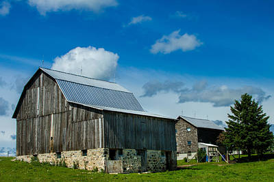 Old Country Roads Photograph - Gray Barn by Bill Gallagher
