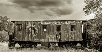 Daysray Photograph - Great Northern Caboose by Fran Riley
