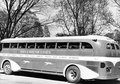 Greyhound Photograph - Greyhound X-1 Super Coach Bus by Underwood Archives