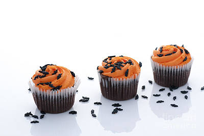 Halloween Cupcakes Print by Juli Scalzi