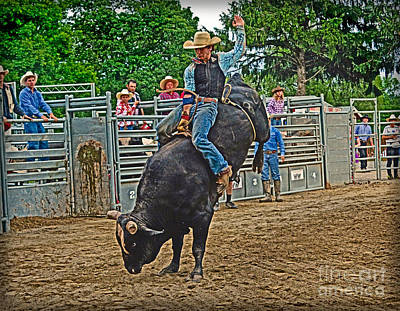 Bull Riders Photograph - Hanging-on by Gary Keesler