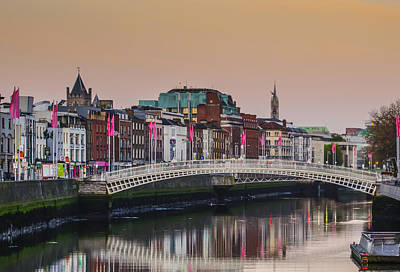 Ha'penny Bridge In The Morning - Dunlin Ireland Print by Bill Cannon