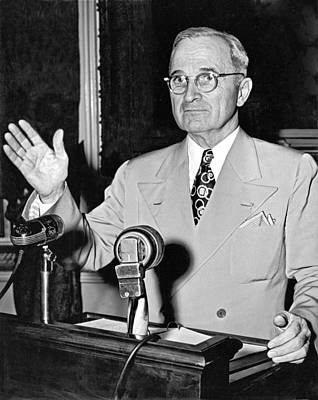 Press Conference Photograph - Harry Truman Press Conference by Underwood Archives