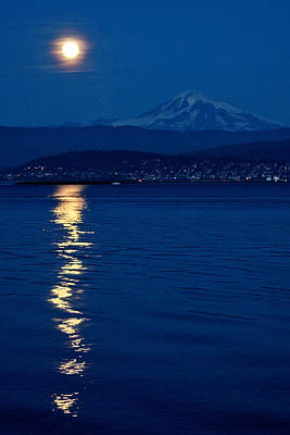 Puget Sound Photograph - Harvest Moon Rising by Paul Conrad