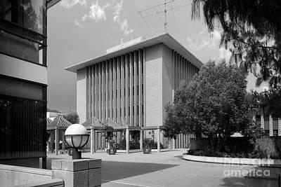 Claremont Photograph - Harvey Mudd College Sprague Memorial Building by University Icons