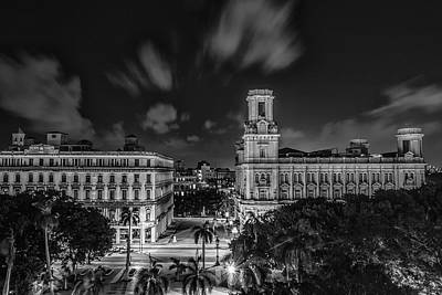 Havana By Night Print by Erik Brede
