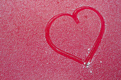 Heart In Snow Print by Andreas Berthold
