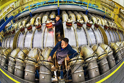 Hermes IIi Gamma-ray Generator Print by Sandia National Laboratories
