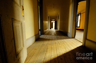 Bannack Ghost Town Photograph - Historic Meade Hotel Montana 7 by Bob Christopher