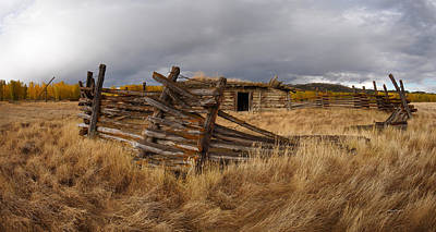 Pioneer Homes Photograph - Historical Cabin Montana by Leland D Howard