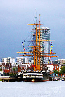 Wooden Platform Photograph - Hms Warrior Portsmouth by Terri Waters