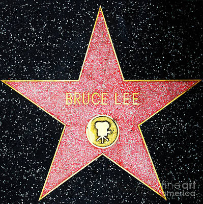 Hollywood Walk Of Fame Bruce Lee 5d28971 Print by Wingsdomain Art and Photography