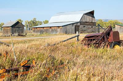 Farms-n-barns Photograph - Homestead 2 by Nicholas Blackwell