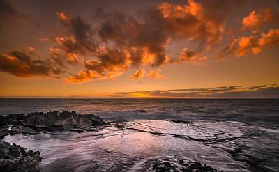 Honolulu Sunset At Koolina Resort Print by Tin Lung Chao