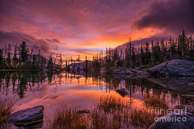 Horseshoe Lake Infinity Sunrise Print by Mike Reid