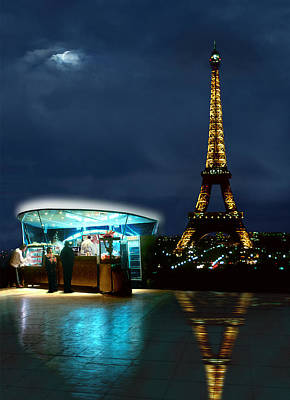Evening Scenes Photograph - Hot Dog In Paris by Mike McGlothlen