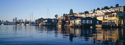 Built Structure Photograph - Houseboats In A Lake, Lake Union by Panoramic Images
