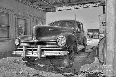 Gas Photograph - Hudson by Hilton Barlow