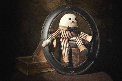 Doll Photograph - Humpty Dumpty by Tom Mc Nemar