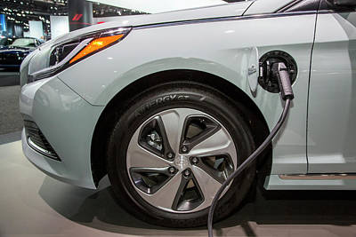 Plug Photograph - Hyundai Sonata Plug-in Hybrid Car by Jim West