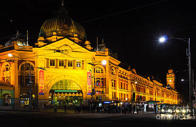 Color Photograph - Icon Of Melbourne - Flinders Street Station At Night by David Hill