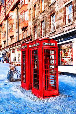 Old Phone Booth Photograph - Iconic Royal Mile In Edinburgh by Mark E Tisdale