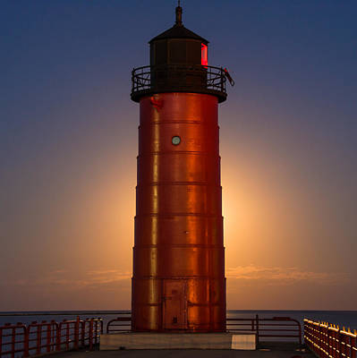 Lighthouses Photograph - Illuminating The Lighthouse by Edward Deiro