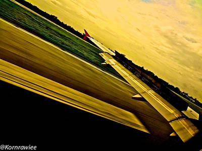 Photograph - I'm Landing by Kornrawiee Miu Miu