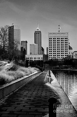 Indiana Winters Photograph - Indianapolis Skyline 21 by David Haskett