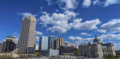 Indy Car Photograph - Indianapolis Skyline Low by David Haskett