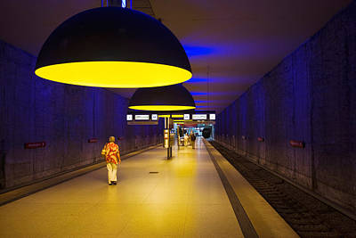 Bahn Photograph - Interiors Of An Underground Station by Panoramic Images