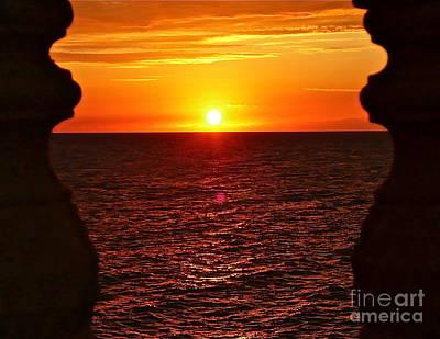 Jamaican Sunset 2 Print by Linda Bianic