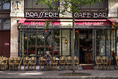 Pause Photograph - Jess Cafe In Paris by Georgia Fowler