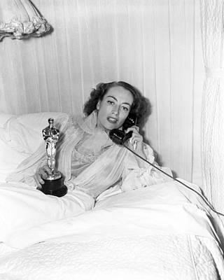 Oscar Photograph - Joan Crawford - Academy Award by Silver Screen