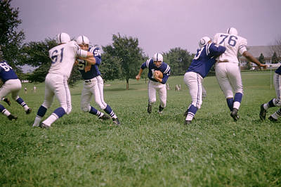Johnny Unitas Running Up The Middle Print by Retro Images Archive