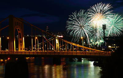 Clemente Photograph - July 4th Fireworks In Pittsburgh by Jetson Nguyen