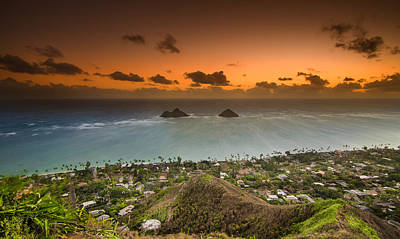 Kailua Bay Sunrise Print by Tin Lung Chao