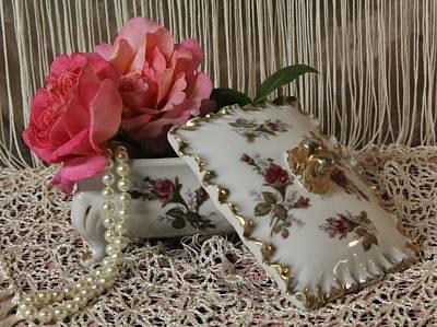 Floral Photograph - Keepsakes by Tammy Garner